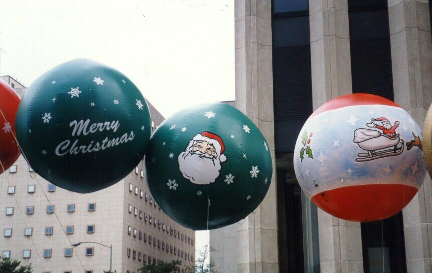 Christmas tree ornament helium balloons for holiday parades