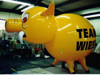custom shape helium advertising balloons - custom pig shape.